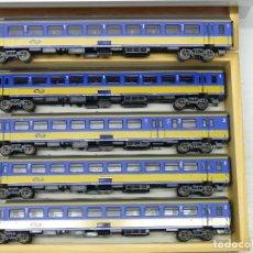 Trenes Escala: MARKLIN H0 SET DE LA NS COMPUESTO POR 5 COCHES INTERCITY.. Lote 115301171
