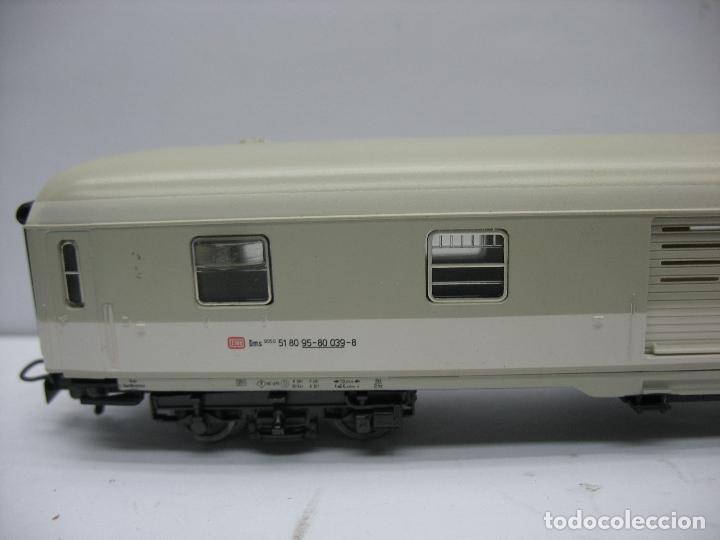 Trenes Escala: Marklin - Furgón de la DB 51 80 95-80 039-8 - Escala H0 - Foto 2 - 128414439