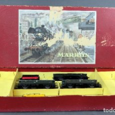 Trenes Escala: CAJA TREN MARKLIN H0 REF 3203 AÑOS 50 CON TENDER TRES VAGONES PASAJEROS 2ª Y VAGÓN CISTERNA SHELL. Lote 128534547