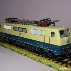 Trenes Escala: MÄRKLIN REF 3042 LOCOMOTORA ELÉCTRICA CORRIENTE ALTERNA, ANALÓGICA EN ESCALA H0. Lote 130314226