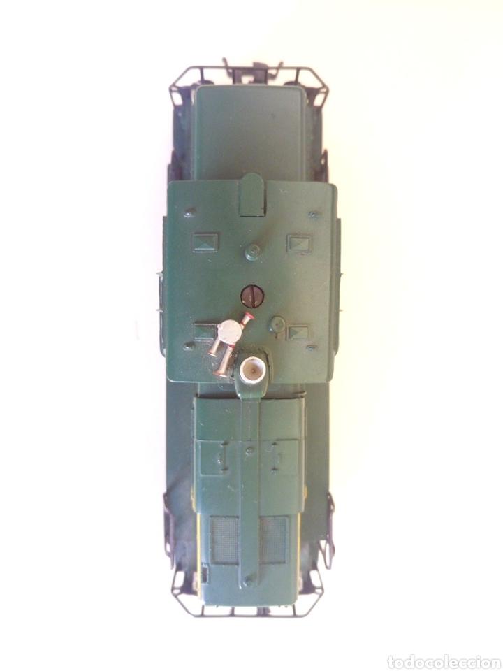 Trenes Escala: Locomotora tren marklin märkln 3149 H0 en caja original funcionando - Foto 4 - 135414129