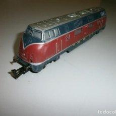 Trenes Escala: LOCOMOTORA MARKLIN H0 AÑOS 60 TODO DE METAL. Lote 139083294