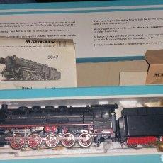 Trenes Escala: LOCOMOTORA MERKLIN ESCALA H0 MODELO 3047 PERFECTO ESTADO Y CON CAJA. Lote 139466153