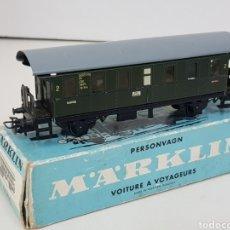 Trenes Escala: MARKLIN 4002 VAGÓN DE PASAJEROS SEGUNDA CLASE METÁLICO CORRIENTE ALTERNA 13CMS. Lote 140383760
