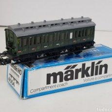 Trenes Escala: MARKLIN 4004 H0 ALTERNA WAGON SEGUNDA CLASE METÁLICO CON TECHO DE PLÁSTICO DE 12 CM. Lote 140384261