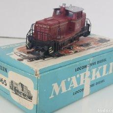 Trenes Escala: MARKLIN 3075 LOCOMOTORA CORRIENTE ALTERNA ESCALA H0 METÁLICA DE LA DB ALEMANA COLOR ROJO 12 CM. Lote 144102756