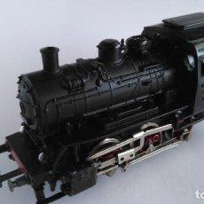 Trenes Escala: MARKLIN H0 LOCOMOTORA VAPOR CON LUCES DELANTERAS. FUNCIONA. Lote 221805911