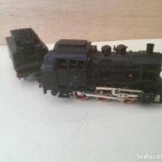 Trenes Escala: LOCOMOTORA VAPOR CON TENDER. MARKLIN 89028. E:H0. AÑOS 70. Lote 165318338