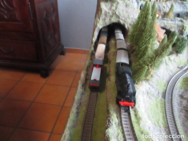 Trenes Escala: Maqueta Artesanal - Marklin H0 - Via Tipo C - 12 Desvíos, 2 Semáforos, 2 Estaciones, 1 Apeadero, etc - Foto 14 - 165636178