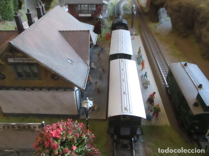 Trenes Escala: Maqueta Artesanal - Marklin H0 - Via Tipo C - 12 Desvíos, 2 Semáforos, 2 Estaciones, 1 Apeadero, etc - Foto 19 - 165636178