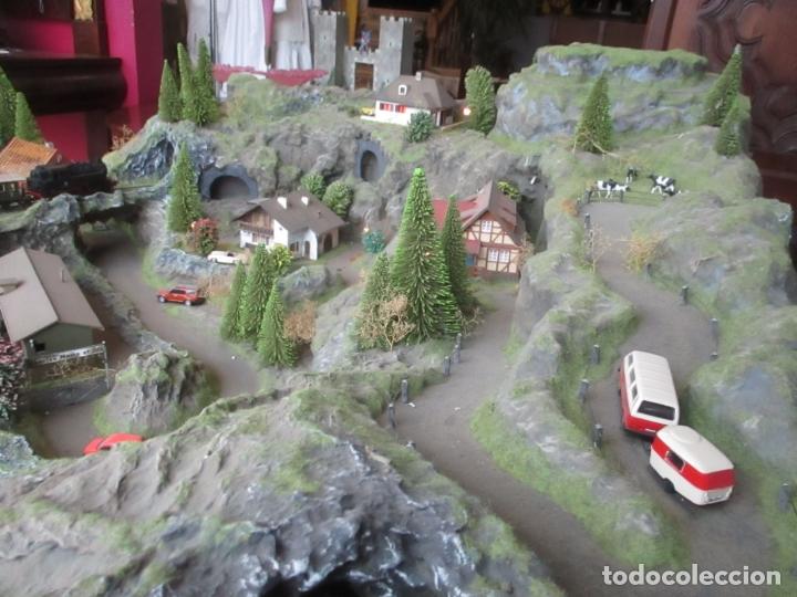 Trenes Escala: Maqueta Artesanal - Marklin H0 - Via Tipo C - 12 Desvíos, 2 Semáforos, 2 Estaciones, 1 Apeadero, etc - Foto 20 - 165636178