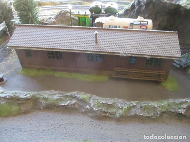 Trenes Escala: Maqueta Artesanal - Marklin H0 - Via Tipo C - 12 Desvíos, 2 Semáforos, 2 Estaciones, 1 Apeadero, etc - Foto 26 - 165636178