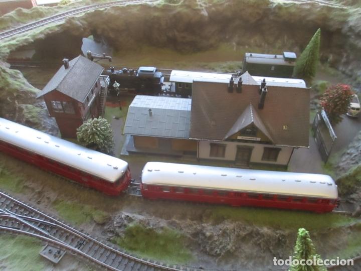 Trenes Escala: Maqueta Artesanal - Marklin H0 - Via Tipo C - 12 Desvíos, 2 Semáforos, 2 Estaciones, 1 Apeadero, etc - Foto 27 - 165636178
