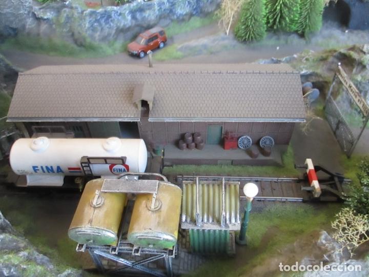 Trenes Escala: Maqueta Artesanal - Marklin H0 - Via Tipo C - 12 Desvíos, 2 Semáforos, 2 Estaciones, 1 Apeadero, etc - Foto 30 - 165636178