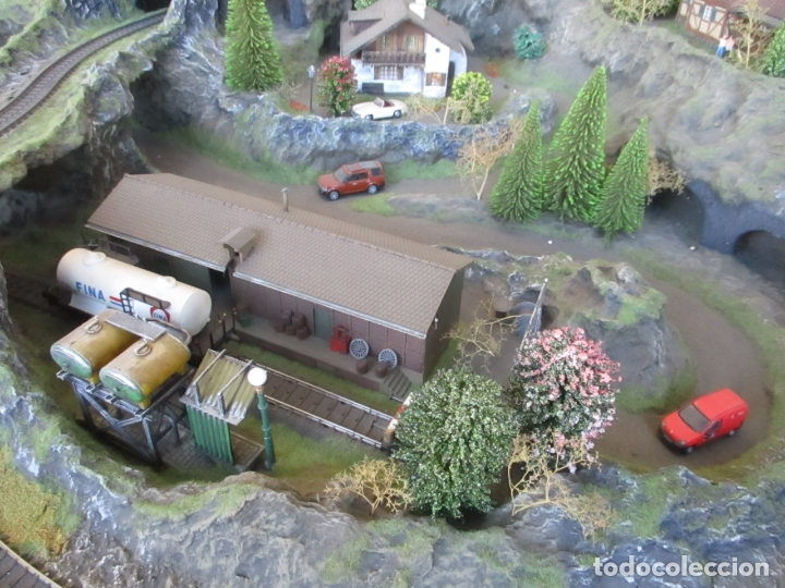 Trenes Escala: Maqueta Artesanal - Marklin H0 - Via Tipo C - 12 Desvíos, 2 Semáforos, 2 Estaciones, 1 Apeadero, etc - Foto 33 - 165636178