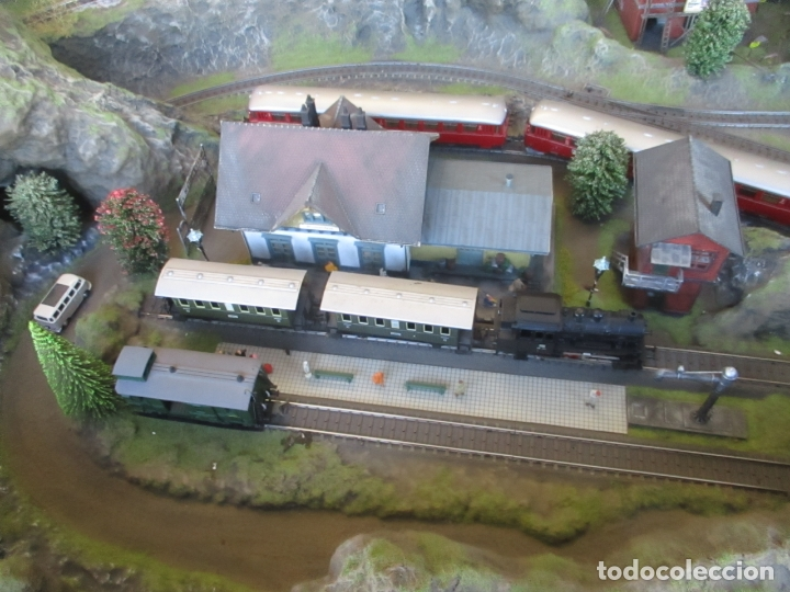 Trenes Escala: Maqueta Artesanal - Marklin H0 - Via Tipo C - 12 Desvíos, 2 Semáforos, 2 Estaciones, 1 Apeadero, etc - Foto 34 - 165636178