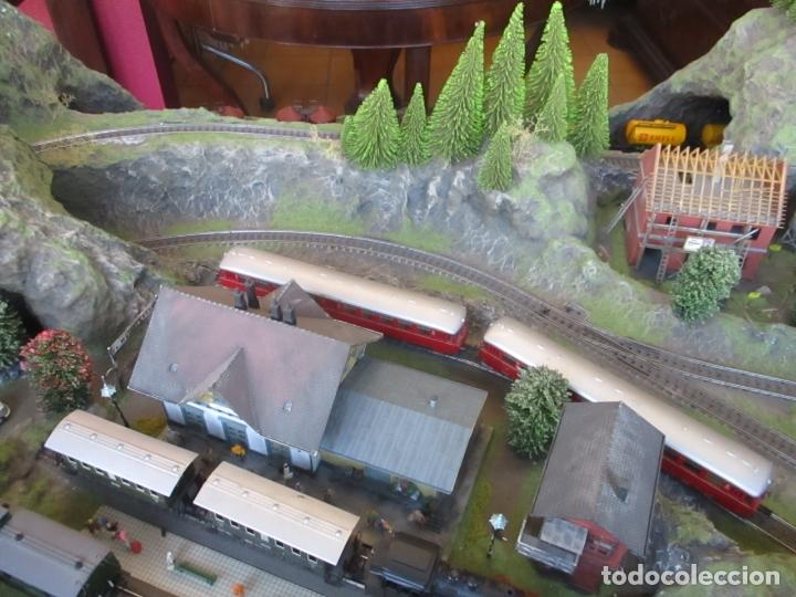 Trenes Escala: Maqueta Artesanal - Marklin H0 - Via Tipo C - 12 Desvíos, 2 Semáforos, 2 Estaciones, 1 Apeadero, etc - Foto 41 - 165636178