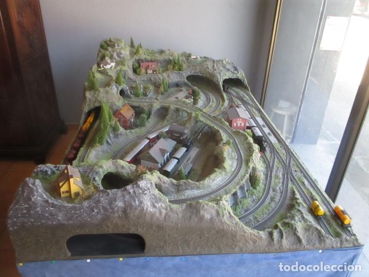 Trenes Escala: Maqueta Artesanal - Marklin H0 - Via Tipo C - 12 Desvíos, 2 Semáforos, 2 Estaciones, 1 Apeadero, etc - Foto 44 - 165636178