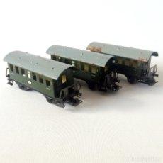 Trenes Escala: 3 VAGONES MARKLIN. Lote 174076983