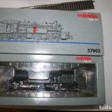Trenes Escala: MÄRKLIN H0, HO 37962, LOCOMOTORA VAPOR TENDER BR96, DIGITAL, NUEVA. Lote 176920428