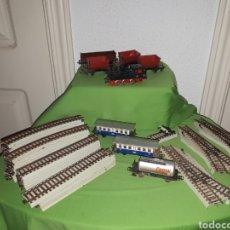 Trenes Escala: LOTE MARKLIN VÍAS LOCOMOTORA Y VAGONES LEER DESCRIPCIÓN. Lote 179099811