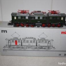 Comboios Escala: ANTIGUA A ESTRENAR LOCOMOTORA DIGITAL MARKLIN. Lote 182065947