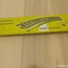 Trenes Escala: TRAMO VIA CURVA CON CABLES DE 50 CM. MARKLIN HO 5103 - 18 CM. 1/1 - EN CAJA - SIN BORNES. Lote 196174603