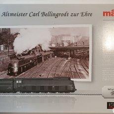 Trenes Escala: MARKLIN 37052 LOCOMOTORA VAPOR AERODINÁMICA BR05, CON VITRINA Y NUEVA ESTRENAR. MFX CON SONIDO. Lote 197576063