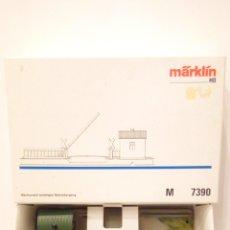 Trenes Escala: PASO A NIVEL AUTOMATICO MARKLIN 7390. CON CAJA. VIA M H0. EXCELENTE ESTADO.. Lote 199333417