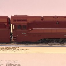 Trenes Escala: MARKLIN H0 LOCOMOTORA DE VAPOR CON TINDER ALTERNA REFERENCIA 33911. Lote 205196738