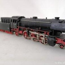 Trenes Escala: LOCOMOTORA DE VAPOR, CON VAGON DE CARBON, MARKLIN 23014, MADE IN W. GERMANY. Lote 212913843