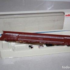Trenes Escala: VAGÓN PORTA REMOLQUES TODO DE METAL.. Lote 214927802