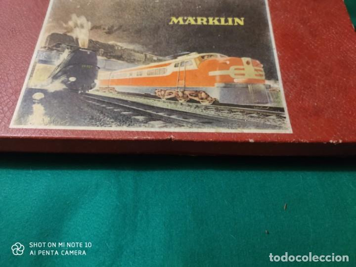 Trenes Escala: ANTIGUO ESCASISIMO TREN MARKLIN ESCALA HO MAQUINA VAGONES VIAS EN CAJA AÑOS 40 -50 - Foto 2 - 221417257