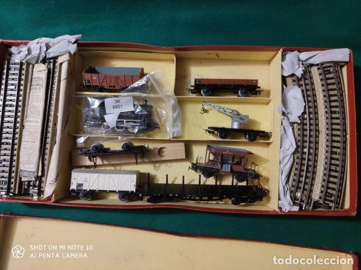 Trenes Escala: ANTIGUO ESCASISIMO TREN MARKLIN ESCALA HO MAQUINA VAGONES VIAS EN CAJA AÑOS 40 -50 - Foto 5 - 221417257