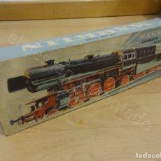 Trenes Escala: MARKLIN H0. LOCOMOTORA CON TENDER EN CAJA ORIGINAL. REF: 3005. Lote 221948778