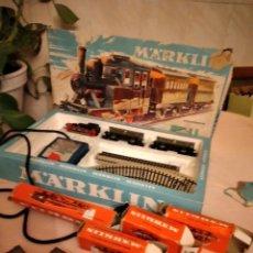 Trenes Escala: TREN MARKLIN 3029, COMPLETO CON 4 VAGONES DE CARGA EXTRA. AÑOS 60,W GERMANY,EN CAJA ORIGINAL. Lote 236865085