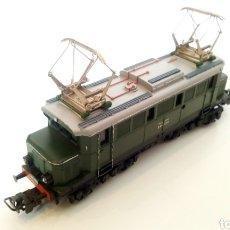 Trenes Escala: JIFFY VENDE MARKLIN HAMO H0 E44 039 LOCOMOTORA CON PATÍN CENTRAL. EXCELENTE FUNCIONAMIENTO.. Lote 244677480