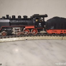 Trenes Escala: SET MARKLIN H0 REF: 3203 CON LOCOMOTORA DE VAPOR 24058 - MÁQUINA TREN - TRENES ESCALA - WEST GERMANY. Lote 251370325