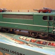 Trenes Escala: MARKLIN - H0 - LOCOMOTOR ELECTRICA FRANCESA ART.3038 EN EXCELENTES CONDICIONES Y CAJA ORIGINAL. Lote 255008355
