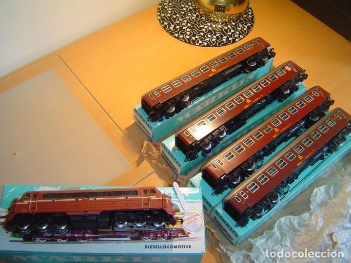 Trenes Escala: Marklin. Tren con locomotora 3068 y vagones 4x4045 - Foto 3 - 255986410