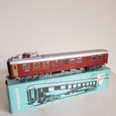 Trenes Escala: MARKLIN VAGON RESTAURANTE REF 4068 EN CAJA ORIGINAL Y GRAN ESTADO. Lote 260409990
