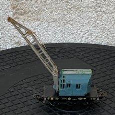 Trenes Escala: GRUA VAGON TREN MADE IN GERMANY KRANWAGEN MARKLIN ESCALA HO 14X9CMS. Lote 269101108