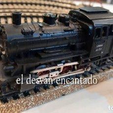 Trenes Escala: MARKLIN HO. LOTE VÍAS Y LOCOMOTORA + VAGONES. VER FOTOS. Lote 273107203