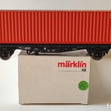 Trenes Escala: MARKLIN VAGON PLATAFORMA CON CONTENEDOR ESCALA H0 CORRIENTE CONTINUA. Lote 278804493