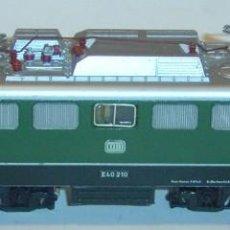 Trenes Escala: MARKLIN HO, LOCOMOTORA ELÉCTRICA SERIE E40 210 DB REF. 3040, ¡DIGITAL!. Lote 279435018