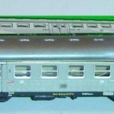 Trenes Escala: MARKLIN HO, COCHE DE CERCANIAS 1ª/2ª REF. 4043 CON ILUMINACIÓN INTERIOR ORIGINAL. Lote 283441328