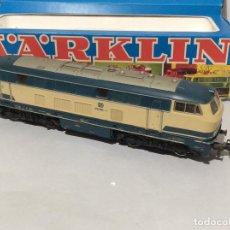 Trenes Escala: MARKLIN H0 LOCOMOTORA DIESEL DE LA DB, REF 3074. Lote 287083083