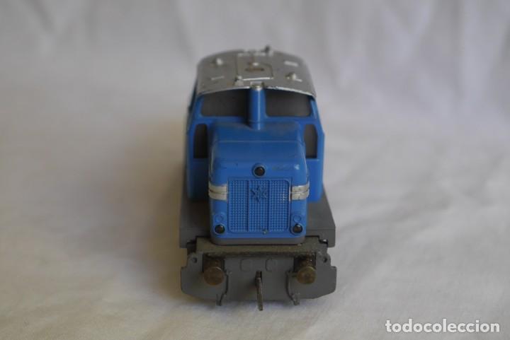 Trenes Escala: Locomotora diesel Marklin Henschel DHG 500 Escala H0 - Foto 5 - 287991923