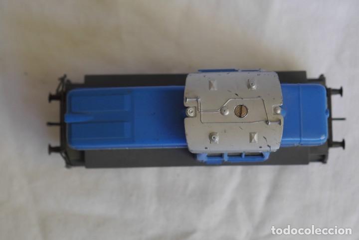 Trenes Escala: Locomotora diesel Marklin Henschel DHG 500 Escala H0 - Foto 6 - 287991923