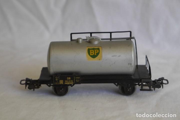 Trenes Escala: Locomotora de vapor Marklin 89005 + vagón deposito BP, H0 - Foto 9 - 287992258